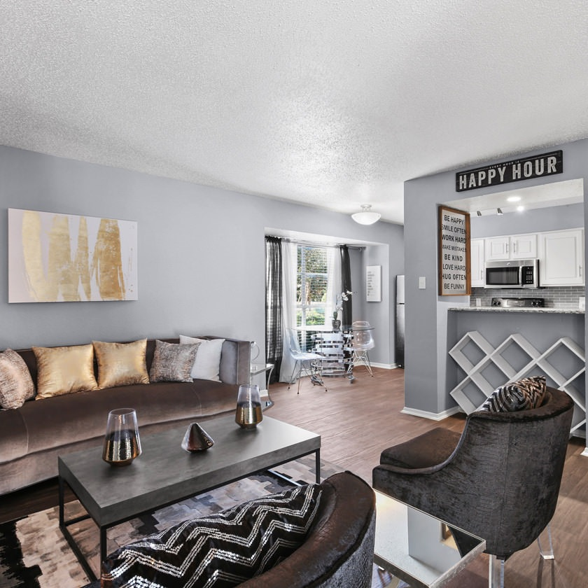 The Reserve at Lake Highlands living room